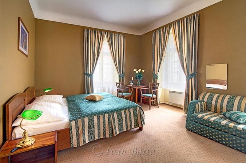 Accommodation 2